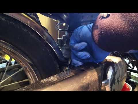 Honda Urban Express Carb removal and install Part 1