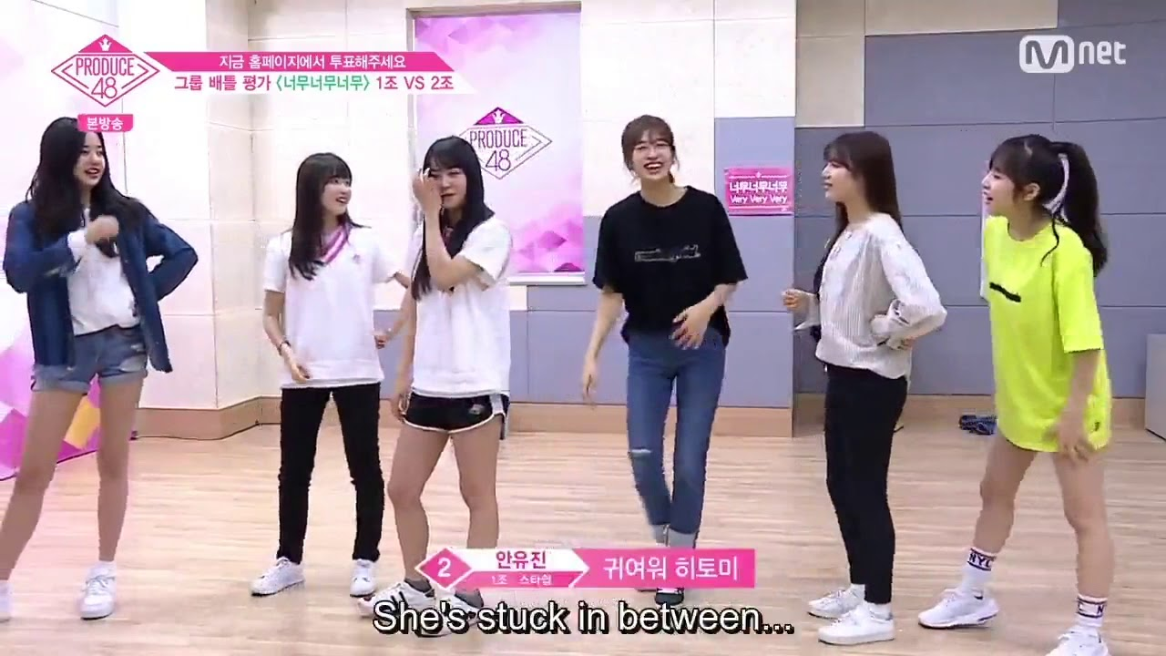 Honda Hitomi and her cute height