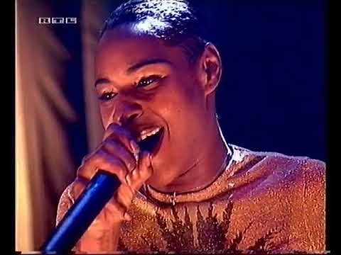 Download SONIQUE - It Feels So Good (Top of the Pops 2000)