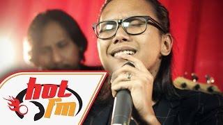 DRAMA BAND - BIARKANLAH (LIVE) #HotTV