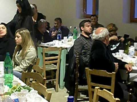 ΜΕΡΩΝΑΣ 2010-ΚΑΘΑΡΗ ΔΕΥΤΕΡΑ-ΓΑΛΑΤΙΟΣ ΜΟΣΧΟΝΑΣ (Λυρα).AVI