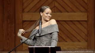 after harvard visit rihanna says she might go back to college