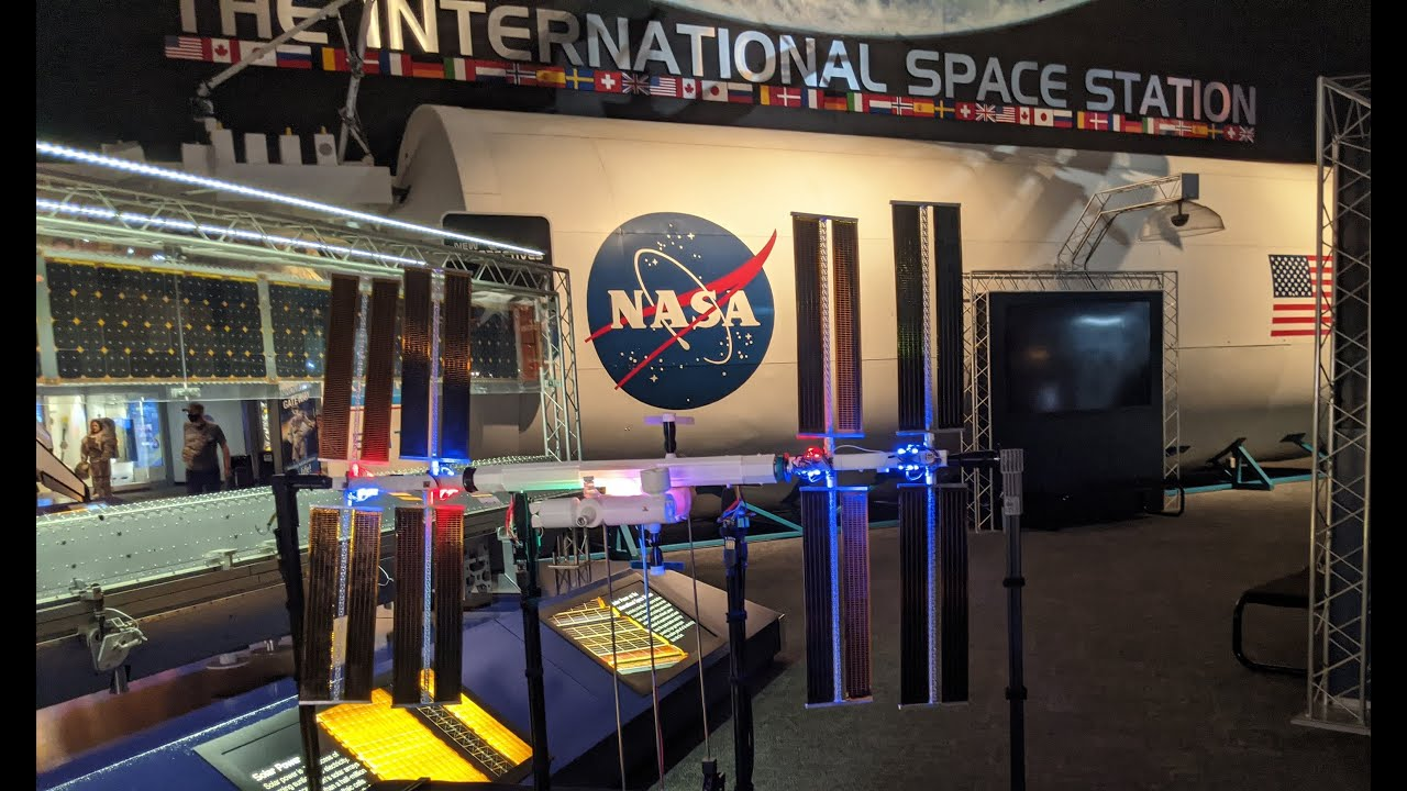 Iss Mimic A Raspberry Pi Powered International Space Station Model That Syncs With The Real Thing Raspberry Pi