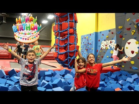 Birthday Party Indoor Playground for Kids Fun Zidane is 9 ! Family Vlog Video