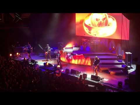 Helloween - Ride The Sky, Judas & Heavy Metal  ( Santiago de Chile 2017) HD