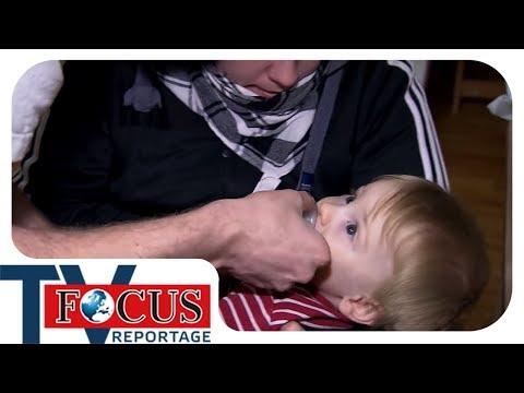 Baby in Gefahr - Wenn Teenie-Eltern überfordert sind |  Focus TV Reportage