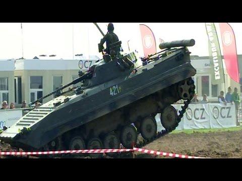 Dny NATO 2014 - Prezentace BVP-2