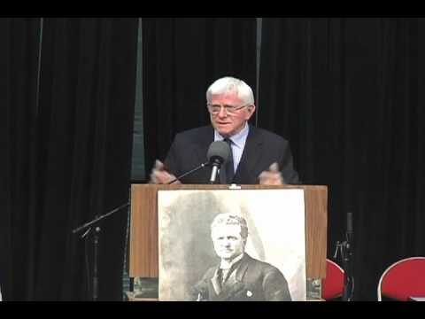 Phil Donahue at Fighting Bob Fest 2012