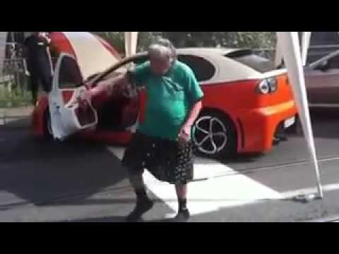 La vecchia che balla ✌🏼