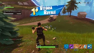 FORTNITE BATLLE ROYALE: I BOUGHT A SKIN COMMAND AND WON THE MATCH!