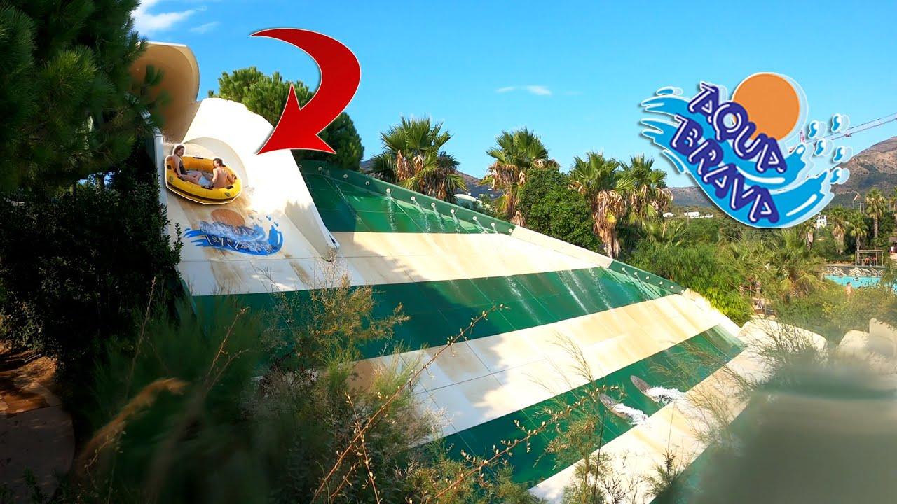 AQUABRAVA [VLOG] : un ENORME parc aquatique en Espagne !