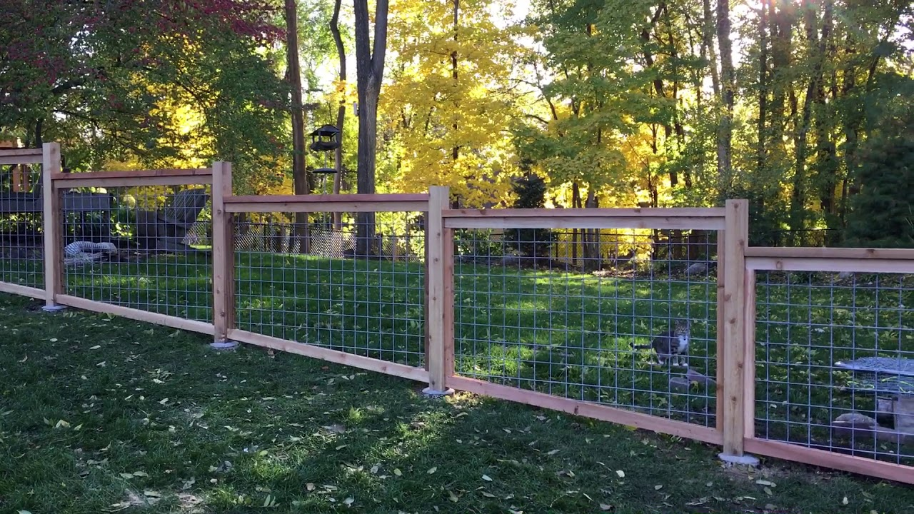 4 foot hog panel fence - YouTube