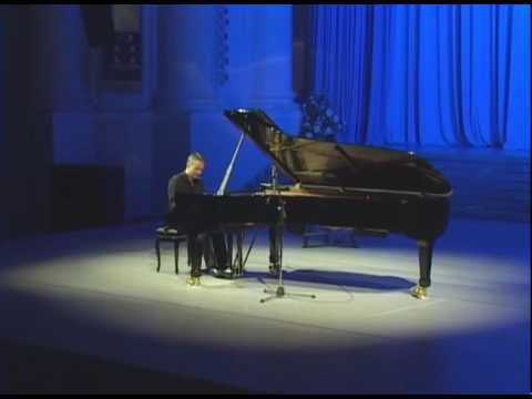 Ilya Yakushev - Haydn's Sonata in D major (part 1/2)