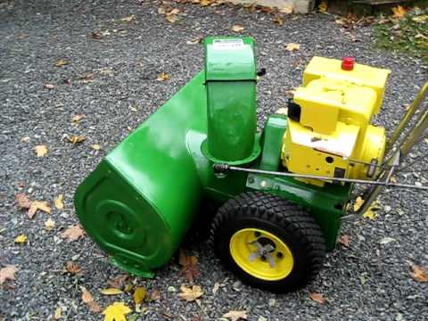 JD 832 Snow Blower - YouTube