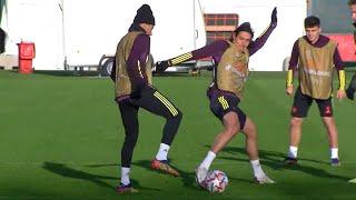 Cavani & Pogba Train With Man Utd Ahead Of PSG Champions League Clash