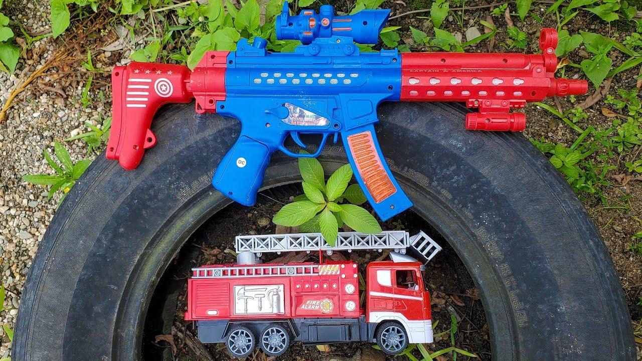 Menemukan Mobil Mainan Excavator, Mobil Pemadam, Mobil Polisi, Bus Sekolah, Crane dan Traktor