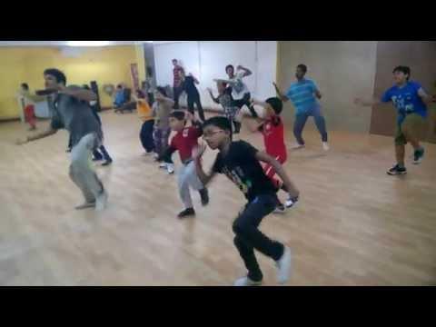 Dance ke Legend performance by Kids in SDS