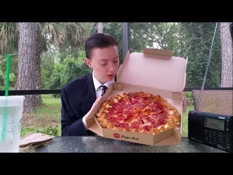 Pizza Hut Cheesy Bites Pizza - Food Review