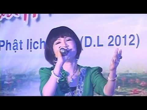 Vu lan 2012_NSƯT Thanh Kim Huệ