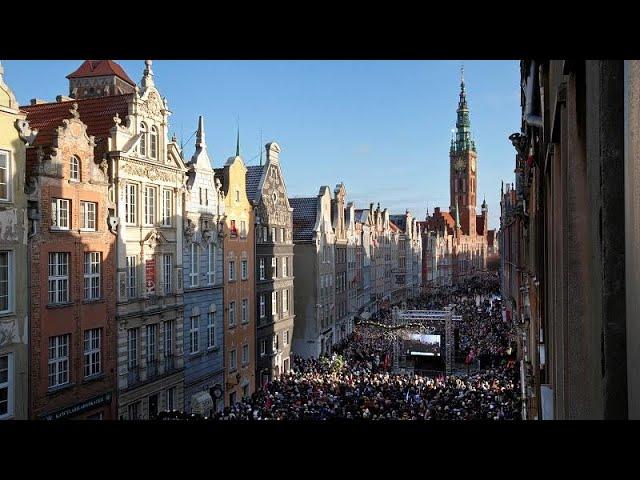 Жители Гданьска простились с убитым мэром