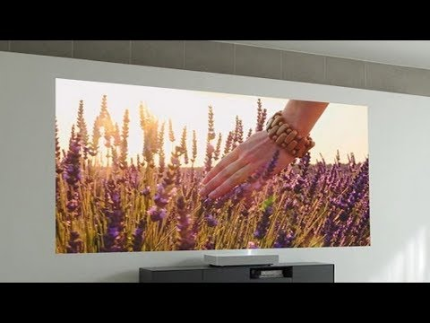 LG HU85L Projector - Projector thrown 4K on the wall from about 2