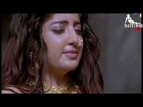Hottism : Poonam Kaur hot Navel massage thumbnail