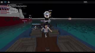 A NEW SHIP!   Roblox Sinking Ship   SURVIVE!