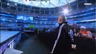 THE ROCK ENTRANCE WRESTLEMANIA 27 LIVE !