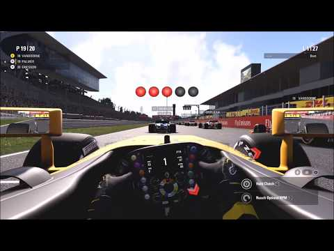 F1 2017 GAMEPLAY - SUZUKA 50% (FIRST LOOK AT THE HANDLING!)