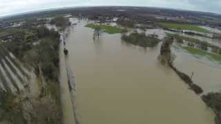 Yalding flood 7th Feb 2014 - clip 1