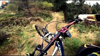 Bike Park DownHill / Giant Glory / GoPro Hero 3+ / Hero 4(, 2014-10-06T15:39:26.000Z)