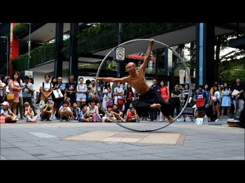 In the hoop: Taiwan's spinning street artist