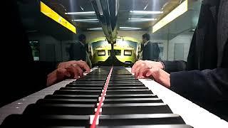 浜松駅のYAMAHAフルコンピアノで弾いてみた(^q^) ちょっとリズム違う( ̄...