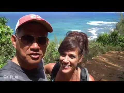 Kauai, Hawaii // Hiking the Kalalau Trail to Hanakapi'ai Beach and Falls on the Na Pali Coast