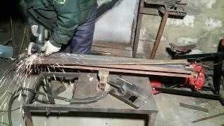 Простейший листогиб.A simple bending machine.