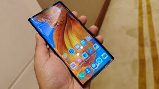 Hands On With The Huawei Mate X 5G - Is It The Best Design For a Foldable Phone???
