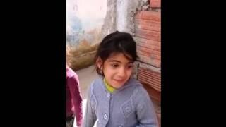 Devojcica Makedonka Peva da se Najezis
