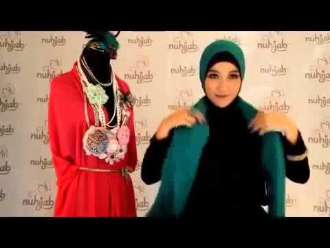 cara-memakai-jilbab-plain-shawl-sifon-deep-tosca