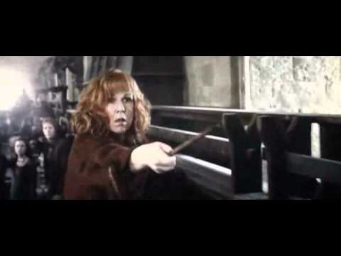 (Deathly Hallows Part 2)Molly Weasley vs Bellatrix ...