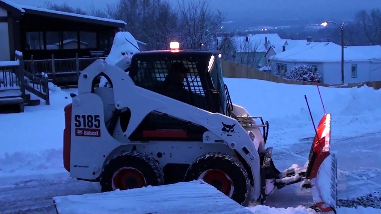 Bobcat Snow Plow >> Bobcat S185 snow plowing. Plains, PA. - YouTube