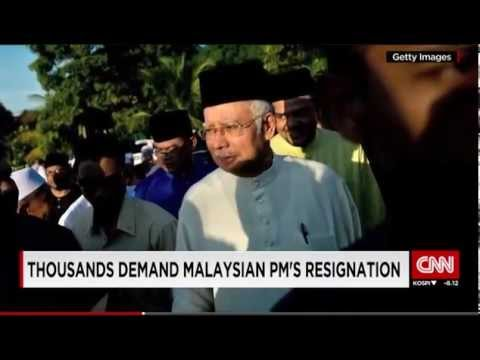Malaysia: Tens Of Thousands Demand PM's Resignation (Over A $700m Donation Scandal!)