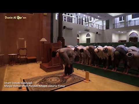 Sholat Isya Masjid Baiturrahim Pondok Kelapa, Jakarta Timur - Ustadz Sukriyadi