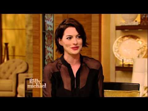 Anne Hathaway Talks About Her Oscar