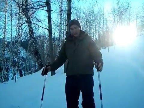 При спуске с горы болят колени