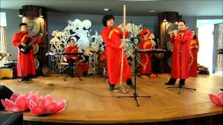 Traditional Vietnamese music featuring the dan k