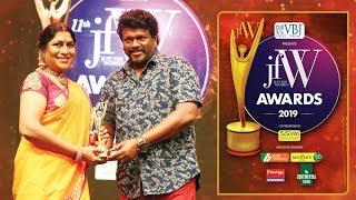 புத்திசாலிகளுக்கு தான் படம் பண்ணனும் - Actor Parthiban speech on Otha Seruppu   JFW Awards 2019