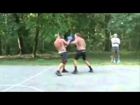 Фёдор Емельяненко vs  Александр Емельяненко тренировка