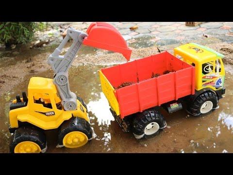 Excavator for Children | รถแม็คโคร รถดั้มคันใหญ่ ตักดินในน้ำลึก | ของเล่นรถแม็คโคร รถบรรทุก