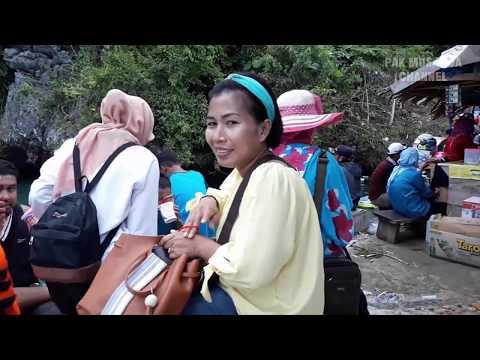 pengunjung-membludak-penuhi-tempat-wisata-meleura-kabupaten-muna-provinsi-sulawesi-tenggara
