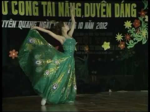 Múa công (Trần Thị Thu Hương)